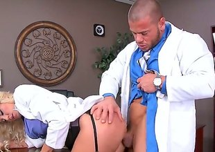 Audrey Show is a blonde that's enticing wanting her uniform before her doctor. This babe is then having her pussy penetrated in the scrutiny room by his dick.