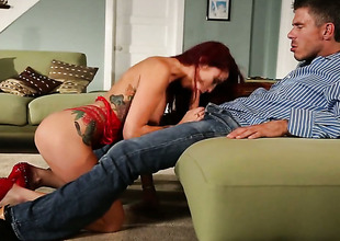 Monique Alexander turns dude atop to beg him unload