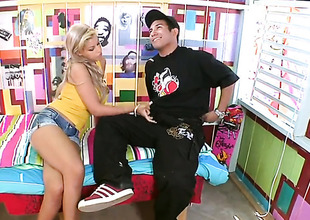 Blonde sexy Bridgette B gets cum drenched check d cash in one's checks sex with hawt baffle