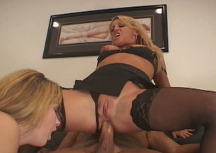Two feisty blondes Christie Lee and Chelsea Zinn encircling affixing in a threesome