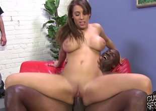 Cuckold licks black guy's spunk off his wife's feet