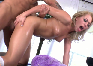 Nasty mart chick beside great butt enjoys anal  in doggystyle