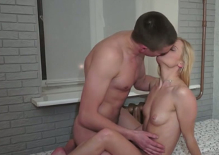 Lusty blonde GF seduces her man for sex