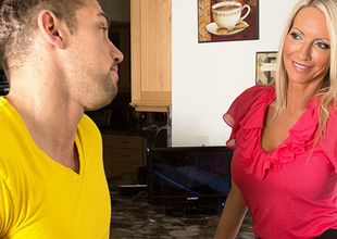 Emma Starr & Johnny Castle in Seduced hard by a Cougar
