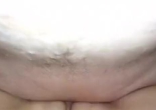 Older lady craves creampie in her freshly bald-headed vagina