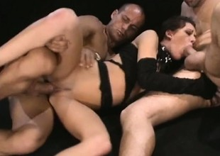 Taylor Rain gets a guestimated double penetration that makes her cum