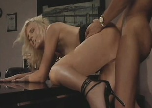 Hannah Harper gets her tight holes banged by her sizzling boss' locate
