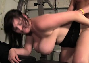 Big brunette squeals with fun while having her cunt worked