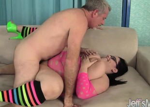 Horny milf Lyla Everwett takes a obese cock on touching her twat