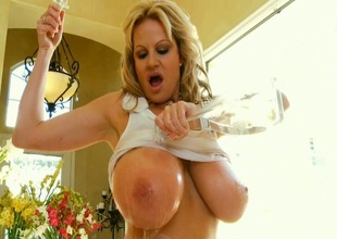 Large Wet Titties Roil