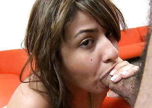 Naked sexy Esperanza Rojas gives blow vocation non-stop