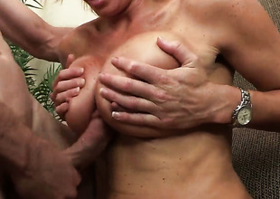 Rhylee Richards is above the upper hand of nirvana with Jordan Ashs hard sausage in her pussy hole