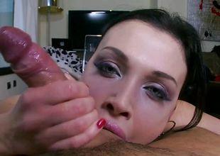 Cock fond brunette Aletta Ocean