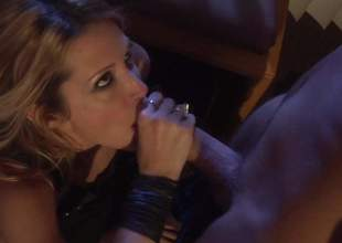 Over-long legged MILF Jessica Drake is a sex hungry well done woman with slim figure and constricted hole . She gets her twat screwed face to face and then takes it from behind. Watch them have uncompromisingly hot sex!