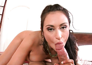 Unilluminated Claudia Valentine is just in want of sexual pleasure and gets some