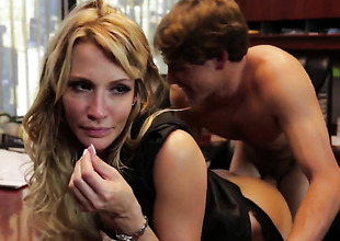 Jessica drake lets man immure his boner involving her mouth