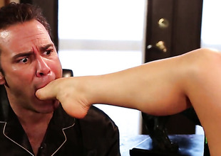 Alison Tyler finds chap hot and takes his hard meat pole in all directions her mouth