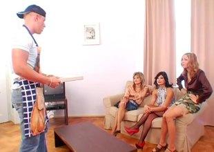 Pizza delivery man gets advantageous with 3 slutty European MILF whores