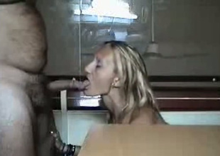Inadequate slut blows her hookup buddy's blarney like a VIP slut