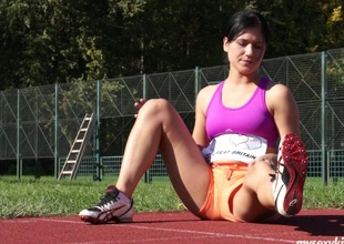 After the track meet this babe relaxes yourself by fucking will not hear of vibrator