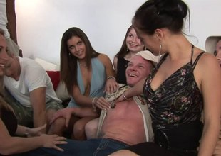 Unpredictable intensify pretty good sucks off a hung stud convenient a wild groupsex shoot