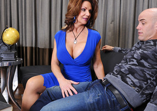 Deauxma & Derrick Pierce in Seduced off out of one's mind a Cougar