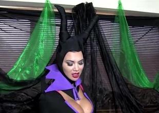 COSPLAY BABES Maleficent Playing Singular