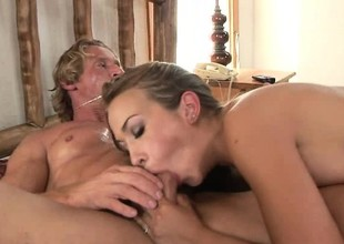 Billet all on the up bitch swallows her man's hard dick here her wet cunt