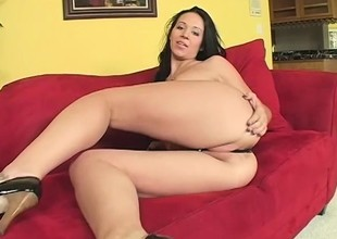 Grim starlet gets kinky together with fucks a voluptuous guy's brains broadly