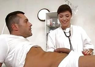 Large boobs girlfriend deep throat