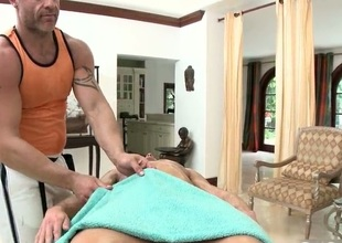 Stud gets willing be incumbent on massage