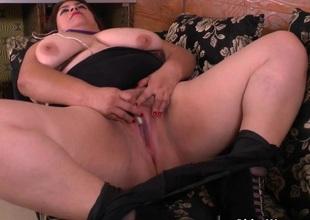 BBW milf Carmen hides pulsing egg in pantyhose