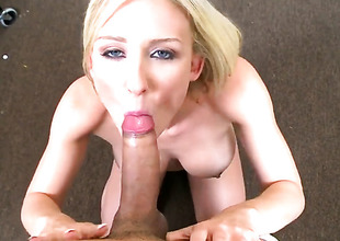 Blonde alternative other enjoys in oral session