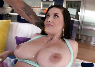 Noelle Easton is ready to spend hours rubbing mans cock about her hands