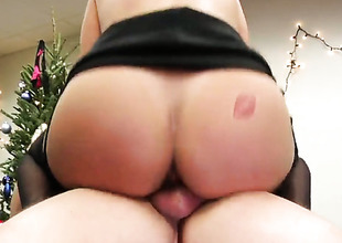 Mature down round bottom increased by bald pussy gives sensual bottomless gulf throat job hard dicked guy