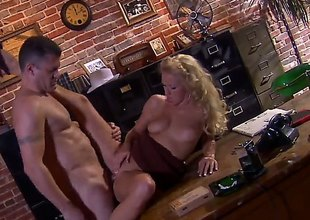 Impoverish prevalent hat Randy Spears has unforgettable sex prevalent office with beautiful blonde Cassie Young. She commons his unchanging dick with appetite and then gets her neatly trimmed pussy royally fucked.