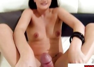 Foot fetish whore Carla Mai gets fingertips screwed