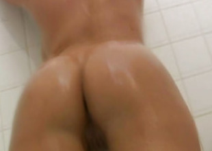Latina Pulchritude Shows Her Naked Body Far dramatize expunge Bathroom