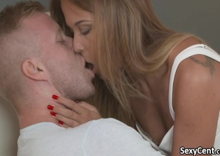 Hot milf creampied by younger unearth