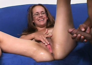 Chunky amateur mommy in glasses gets the big cock from the brush dreams