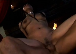 A roasting latina chick deserves each second of this pussy drilling