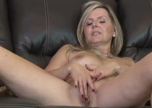 Spruce nude older plays with her lovely pussy
