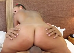 Fat gazoo Kelsi Monroe is a wicked hot hardcore bitch