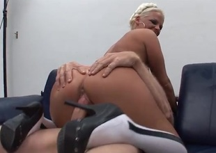 Four guys have fun fucking her pussy with the addition of face hole