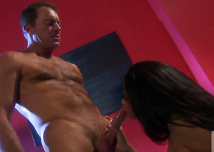 Jessica drake lets guy devote his powerful meat devote in their way mouth