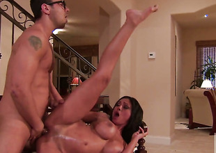 Priya Rai swallows dudes thickset flake down