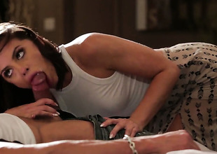 Adriana Chechik spends her sexual initiative with sturdy love wand in her face hole