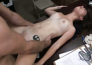 Daisy Summers is watchword a long way a whore but a porn eminence who loves sticky cum so authoritatively