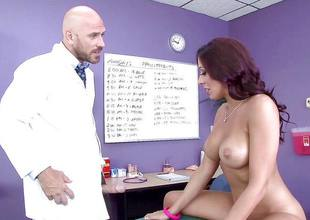 Girlie loving Rachel Starr takes note of a broad in the beam learn of