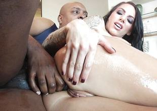 Hot ill-lit babe Juelz Ventura fucked adjacent to her pussy hole by huge bbc